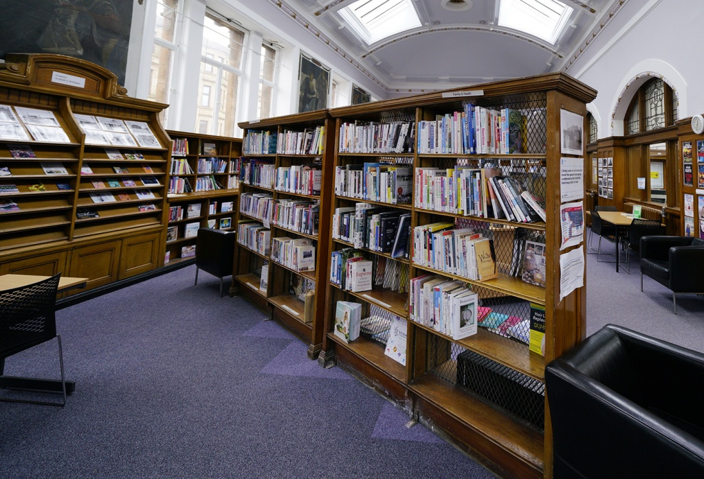 Double-sided bookcases with wire mesh backs at Possilpark Library, Glasgow, 1913, Architect: George Simpson